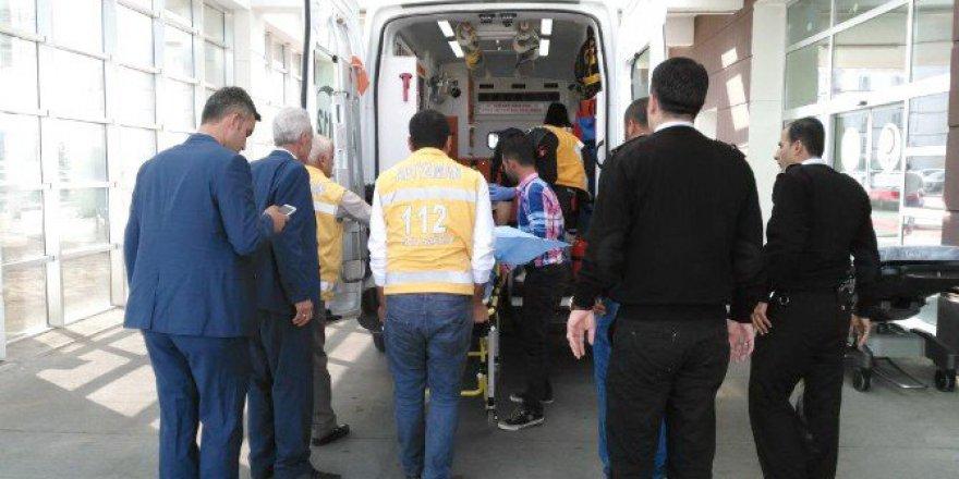 Adıyaman'da Maganda Kurşunu 2 Kişiyi Yaraladı