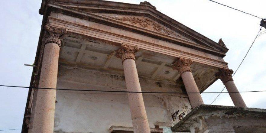Ayazma Kilisesi'nin Restorasyonuna Başlandı