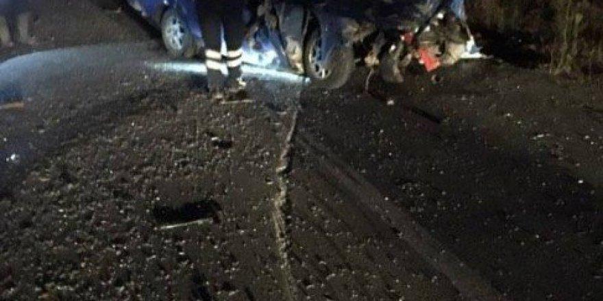 Çanakkale, Biga'da Trafik Kazası: 1 Ölü, 2 Yaralı