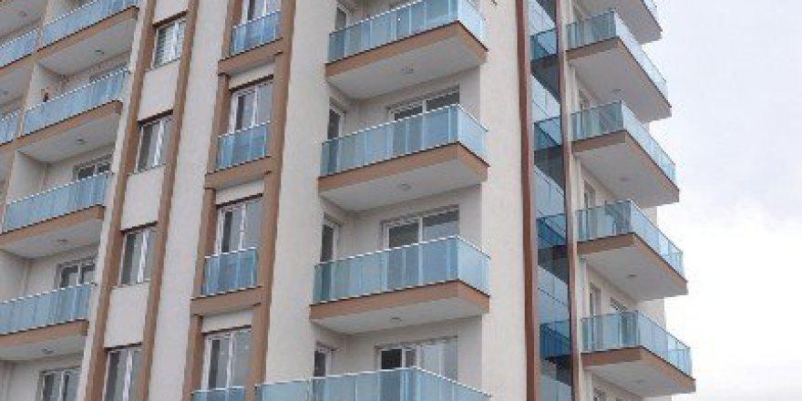İzmir, Bornova'da Sır Ölüm!