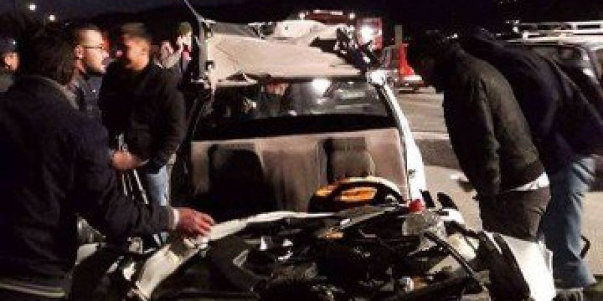 Aydın, Söke'de Trafik Kazası: 1 Ölü, 4 Yaralı