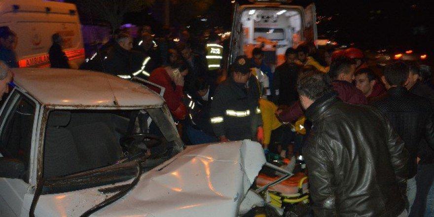 Karabük'te Ters Yöne Giren Alkollü Sürücü Kaza Yaptı: 1 Yaralı