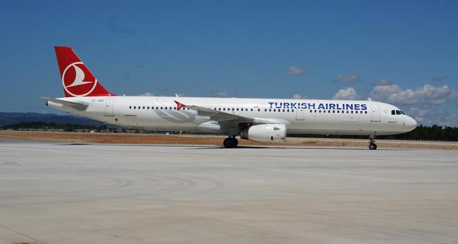 İstanbul-Diyarbakır seferini yapan uçakta bomba ihbarı