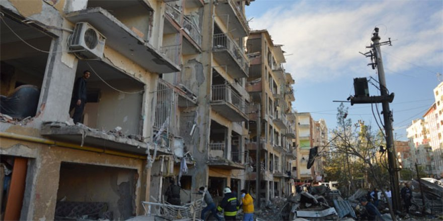 Diyarbakır Bağlar'da bombalı saldırı! Son durum