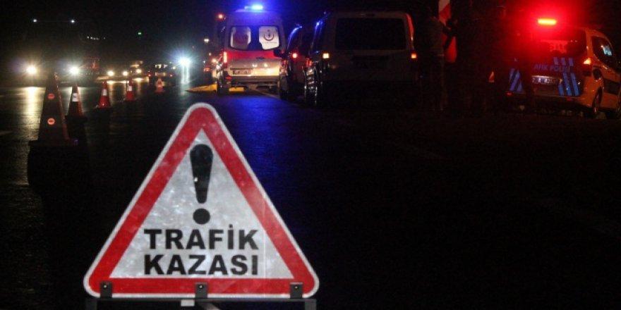 Şanlıurfa, Birecik'te zincirleme trafik kazası: 14 yaralı