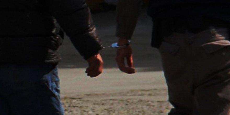 İzmir Büyükşehir Belediyesine FETÖ operasyonu: 15 gözaltı