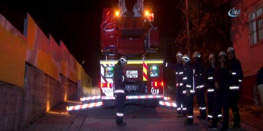 Sultanbeyli'de ortaokula molotoflu saldırı