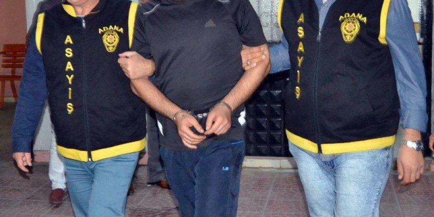 Adana'da Bar Çıkışı 1'i Ağır 3 Kişiyi Yaralayan Zanlı Yakalandı