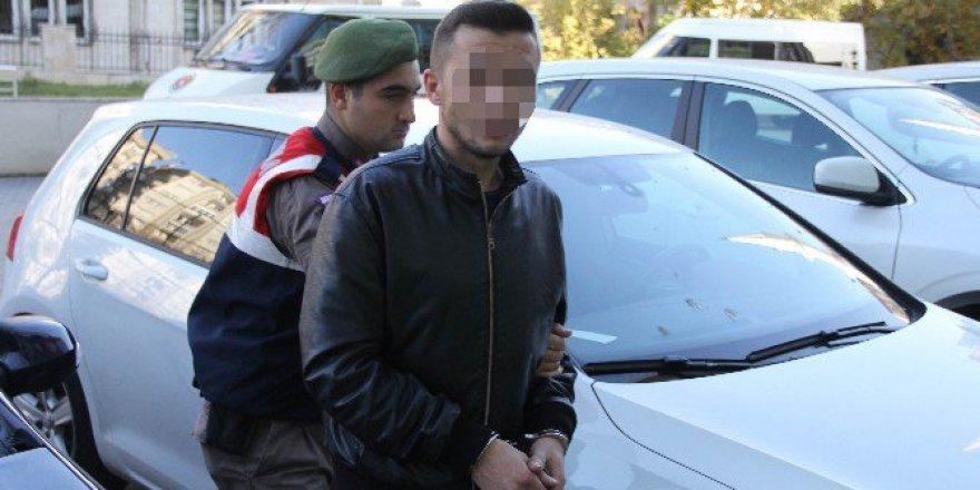 Samsun'da Hasta Numarası Yapıp Bıçakla Yaralamaya 3 Tutuklama