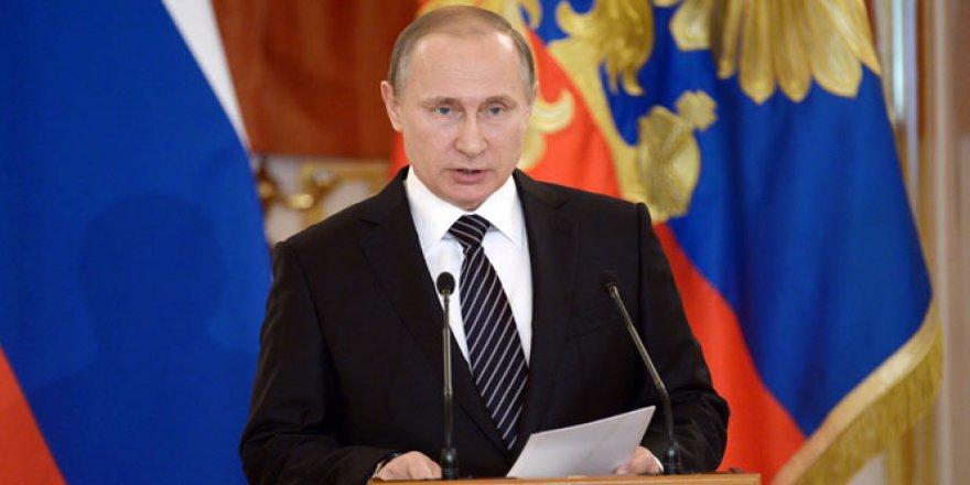Putin, Trump'ı tebrik etti