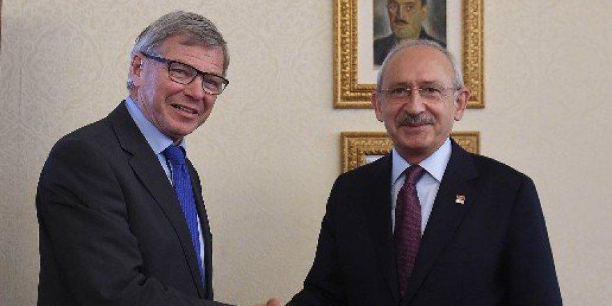Kemal Kılıçdaroğlu, Eski Norveç Başbakanı Bondevik ile Görüştü