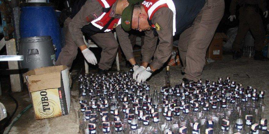 Muğla, Fethiye'de Jandarmadan Sahte İçki Operasyonu