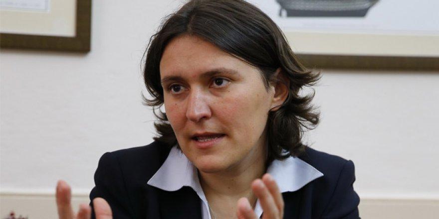 Bozdağ'dan Kati Piri'ye ambargo