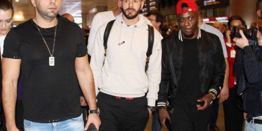 Real Madridli Yıldız Futbolcu Benzema'ya İstanbul'da Yoğun İlgi