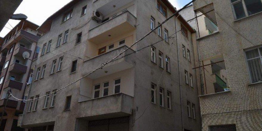 Tranbzon, Arsin'de Elektrik Kabloları Tehlike Saçıyor