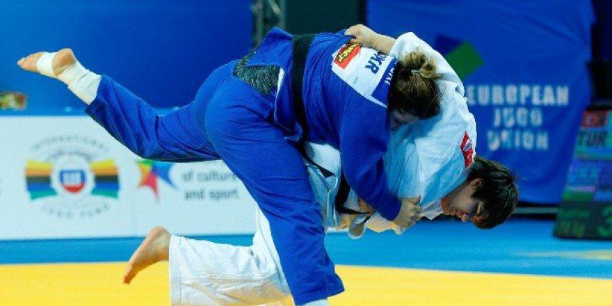 Avrupa Şampiyonası'nda, Judoda Sebile Akbulut'tan Gümüş Madalya
