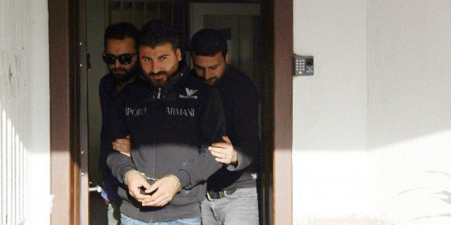 Bodrum'da Kuzenini Sokak Ortasında Bıçaklayan Şahıs Tutuklandı
