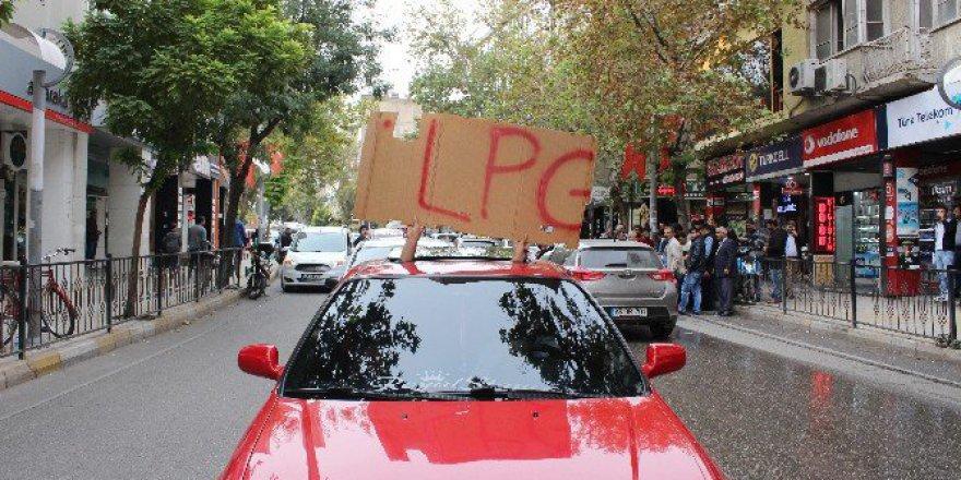 Adıyaman'da Otogaz Fiyatlarına Protesto