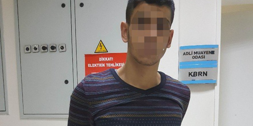 Samsun'da Ev Arkadaşını Bıçaklayan Genç Tutuklandı
