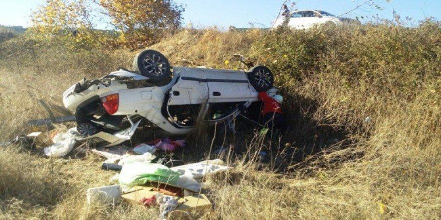 Balıkesir-Edremit Karayolunda Trafik Kazası: 3 Yaralı