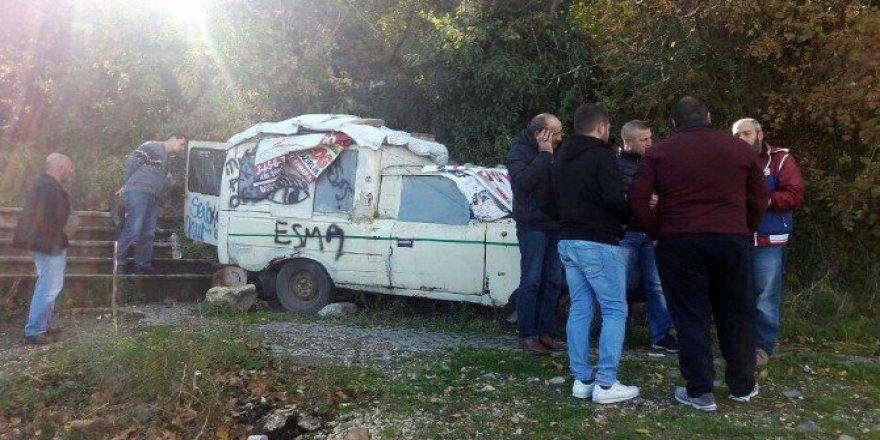 Bursa'da Bir Kişi Kamyonetin Kasasında Ölü Bulundu