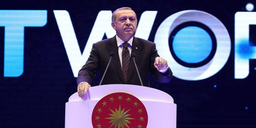 Cumhurbaşkanı Recep Tayyip Erdoğan'dan Diriliş'e destek Bayülgen'e tepki