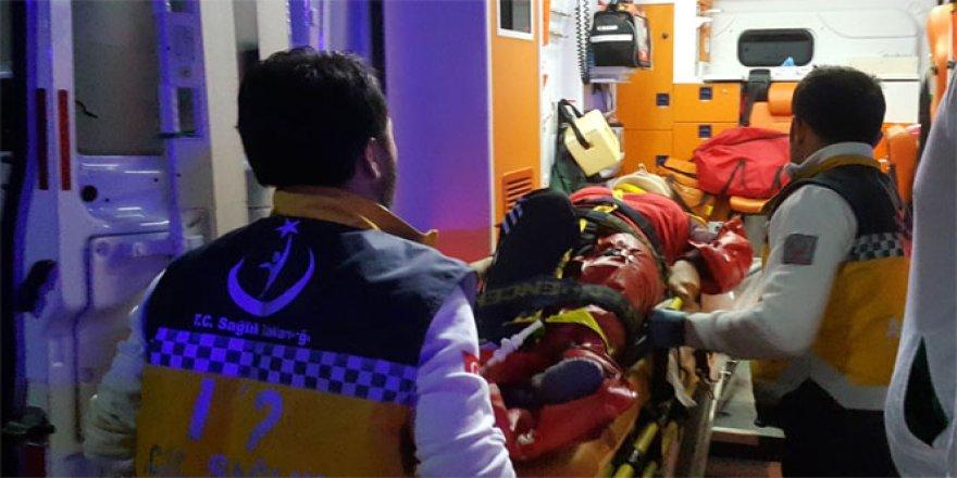 Samsun'da bebeğinin mama önlüğünü alırken ikinci kattan düştü