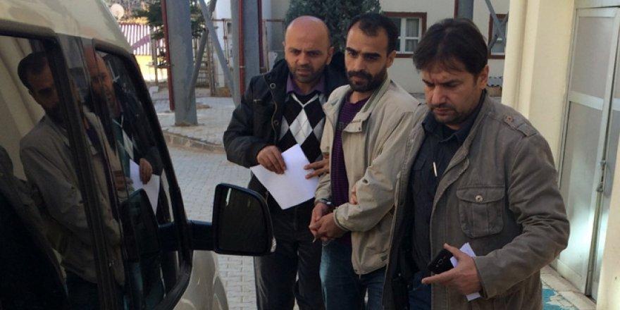 Erzurum'da Bir Kişi Çocuğunu Gözü Önünde Eşini Kurşun Yağmuruna Tutarak Öldürdü!