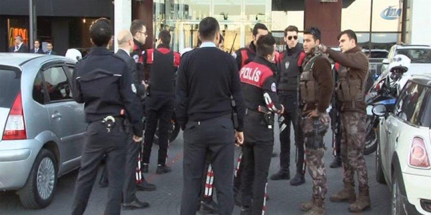 İstanbul, Süzer Plaza'da alacak verecek kavgası! Olay yerine çok sayıda....