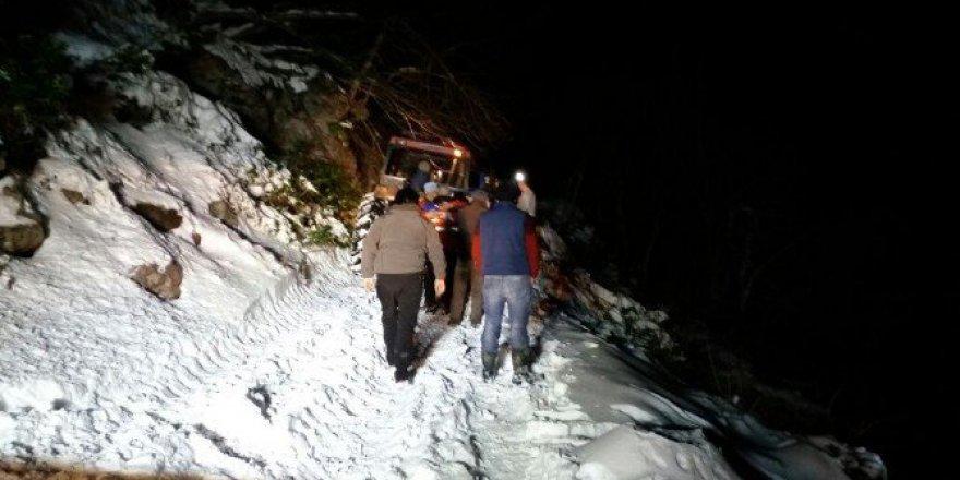 Akyazı'da Yaylada Mahsur Kalan 3 Kişi Kurtarıldı