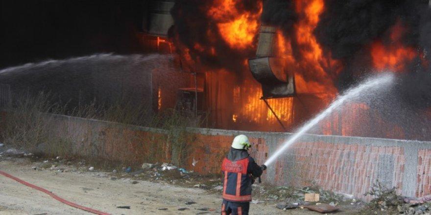 Son dakika : Yangın Okulları tatil ettirdi