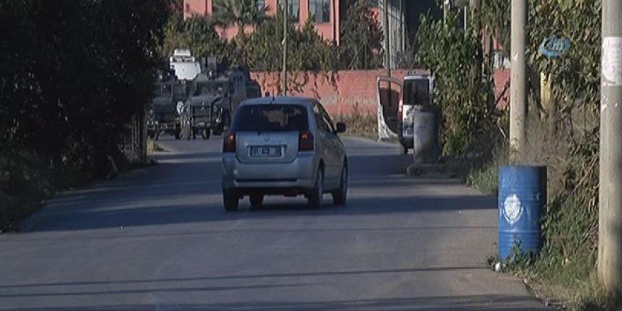 Adana, Seyhan'da bombalı araç ele geçirildi