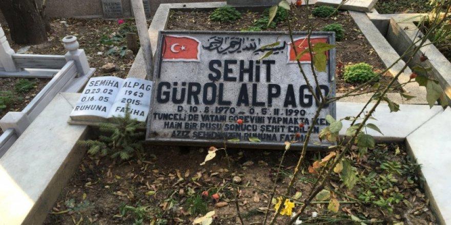 Şehit Annesinin Vasiyetine Büyükşehir Belediyesinden Mezarlık Ayıbı