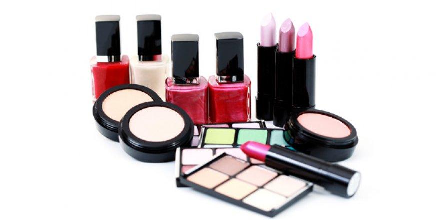 """Büyüközer: """"Kozmetik Ürünlere Deli Dana Riski"""""""