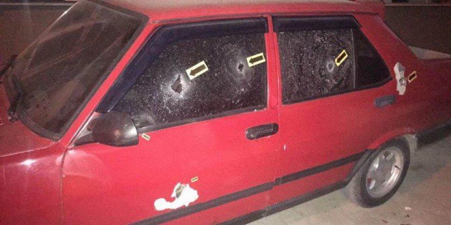 Samsun'da Park Halindeki Otomobile Tüfekli Saldırı