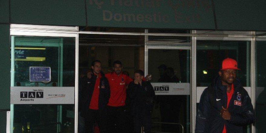 Trabzonspor Kafilesi Ankara'ya Geldi