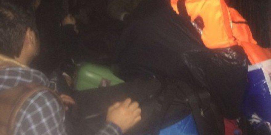 İzmir, Gaziemir'de 34 Kaçak Göçmen Yakalandı