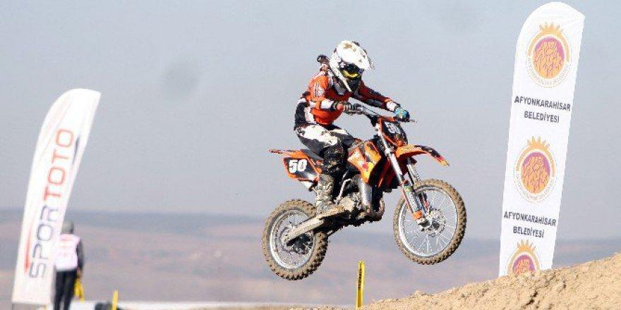 Türkiye Motokros Şampiyonası Final Yarışı Afyonkarahisar'da Başladı