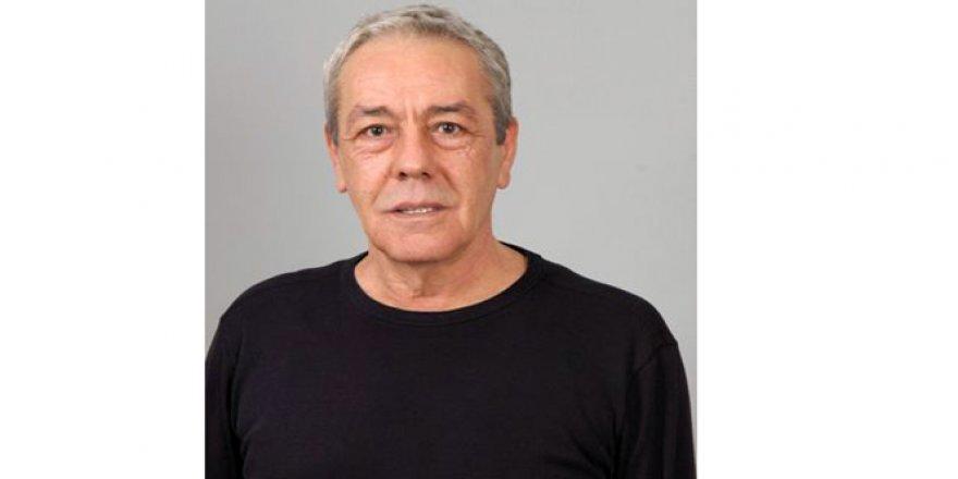 Ünlü Sanatçı Münir Akça Hayatını Kaybetti!