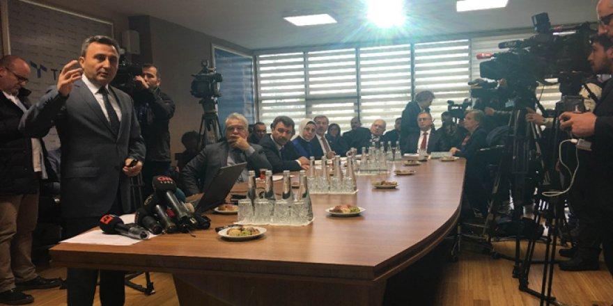 Türksat Ziyaretine Chp'li Üyeler Katılmadı