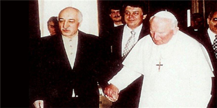 İşte Gülen ile Papa'yı görüştüren isim inanamayacaksınız!