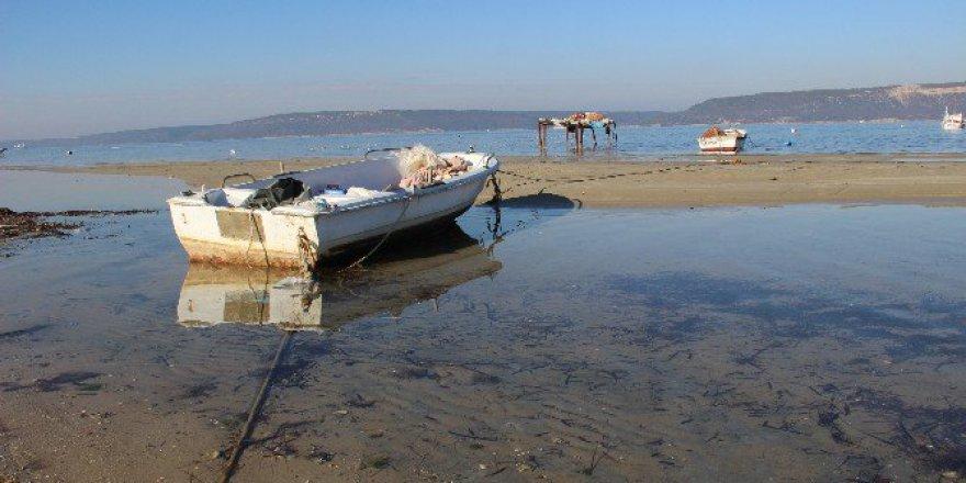 Çanakkale'de Deniz Yaklaşık 20 Metre Çekildi!