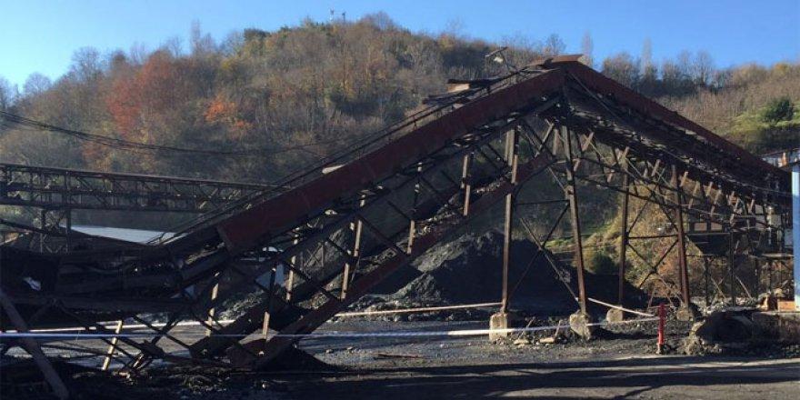 Zonguldak'ta maden sahasındaki kömür bandı çöktü