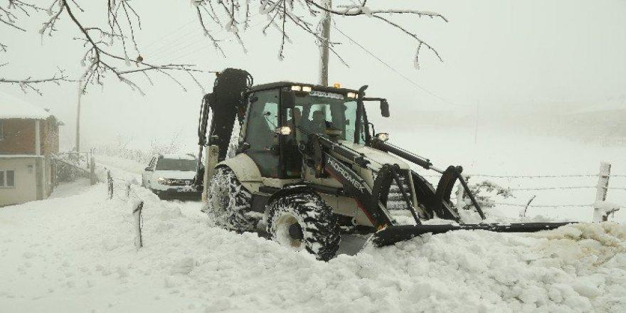 Samsun'da Yoğun Kar Yağışında Hasta Operasyonu