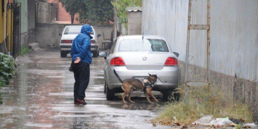 Adana'da 'İkiz Plaka' Alarmı