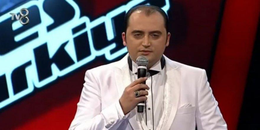 Fetö'den Açığa Alınan O Ses Türkiye Yarışmacısı, Görevine İade Edildi