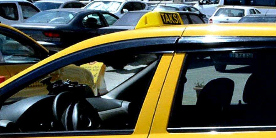 Taksilerde yeni dönem! Kısa mesafe ücreti şok etti