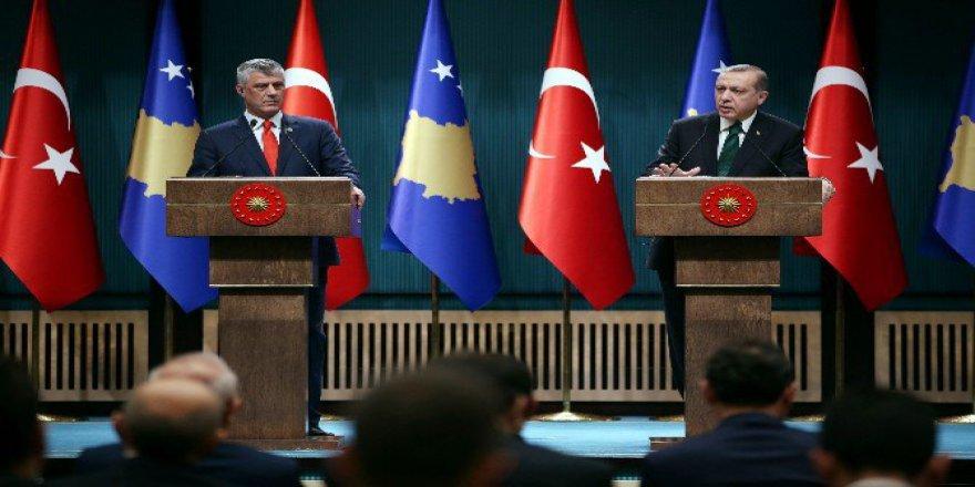 Erdoğan'dan Kosovalı gazeteciye tarihi FETÖ ayarı!