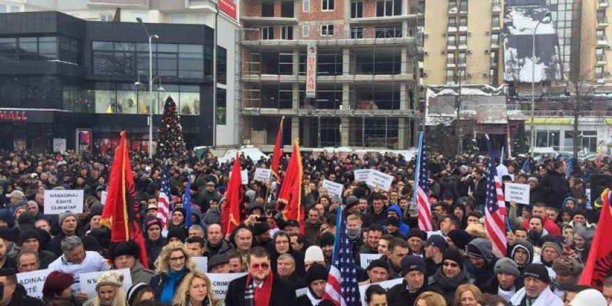 Kosova'da Haradinaj'a Destek Gösterileri Dalga Dalga Yayılıyor