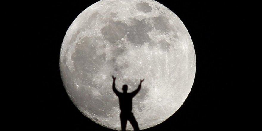 Ay, Sanılandan Daha çok Yaşlı Çıktı